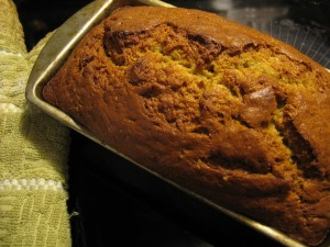 Banana_bread_fresh_from_the_oven,_October_2009